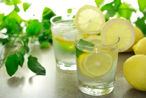 water with lemon fasting